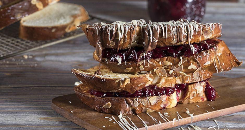 French Toast with Greek Sweet Bread - Tsoureki