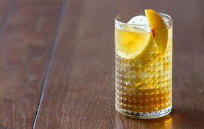 Recipe thumb akis petretzikis iced tea